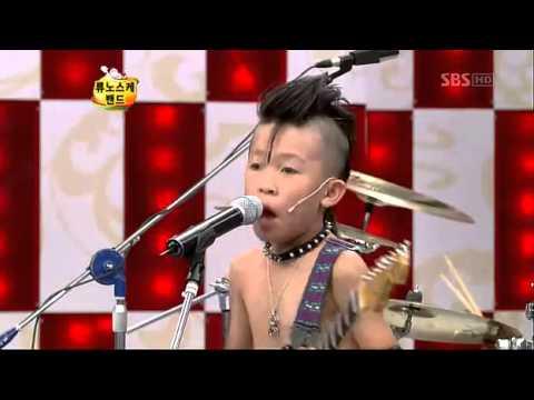 Choáng với Ban nhạc trẻ em Nhật Bản trên chương trình truyền hình Hàn Quốc