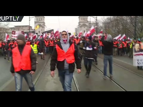 Nationalists march to mark Poland's Independence Day (Streamed Live)