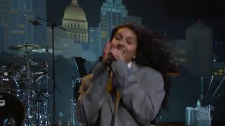 Alessia Cara- Growing Pains