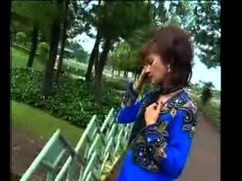 BADAI BIRU itje trisnawati   lagu dangdut   Rama Fm Ciledug Cirebon   YouTube