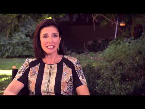 "The Wedding Ringer: Mimi Rogers ""Lois"" Behind the Scenes Movie Interview"