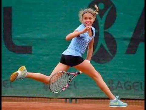 Maja Chwalinska -  14-year-old Tennis Talent