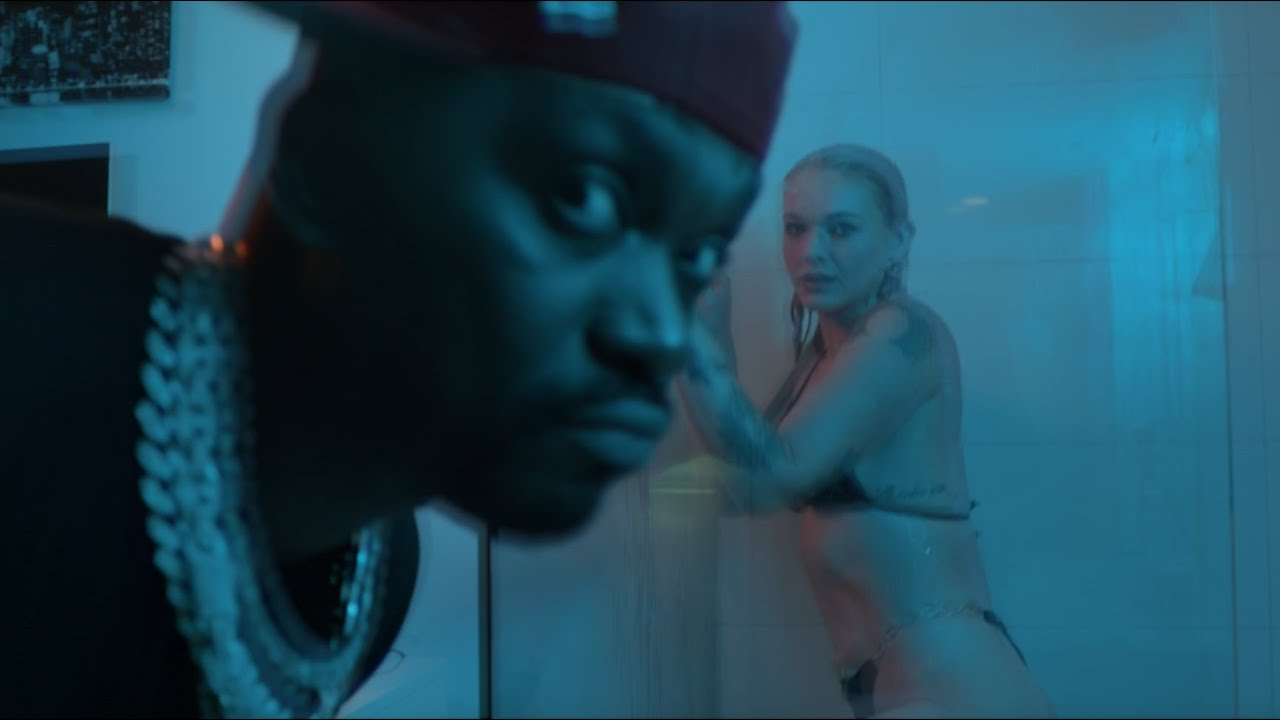 Busy Signal - Bruk Dung Di Bed [Official Music Video]
