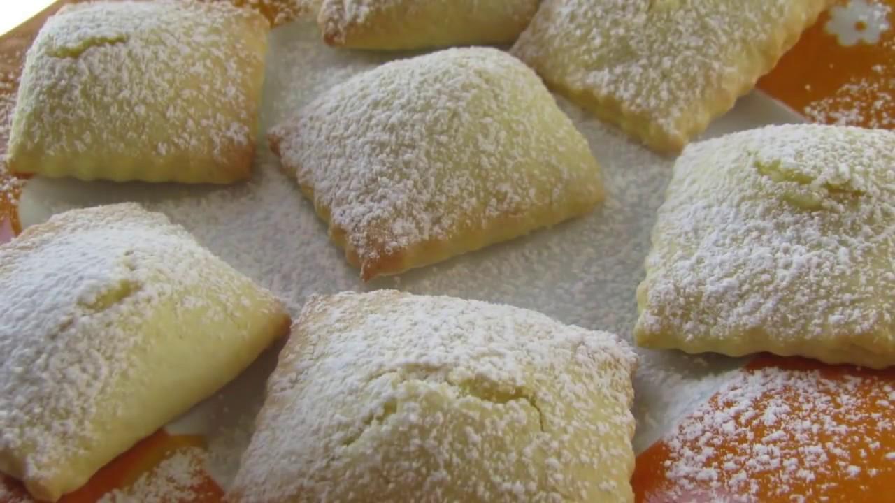Come preparare la crema di ricotta per cannoli   Guide di ...