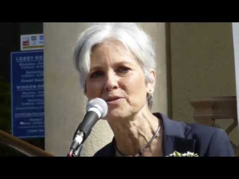 Jill Stein Visit's Berkeley's Historic Post Office; Says Vote For Bernie 2016 06 03