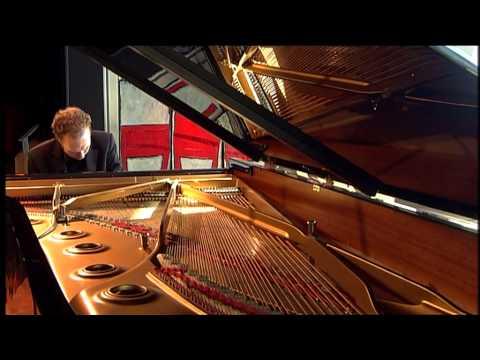 Pianist Ralph van Raat plays John Tavener: Ypakoë, complete (Part I&II)