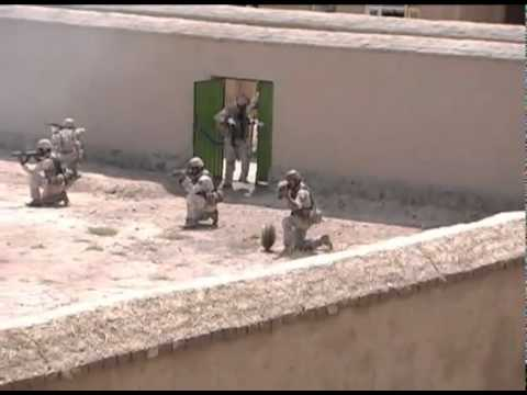 Afghan Special Forces Demonstrate Skills to Gen. Petraeus