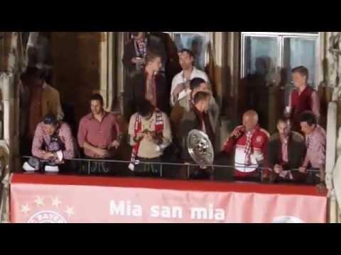 Meisterfeier FC Bayern München 2014 am Marienplatz