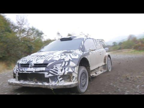 Andreas Mikkelsen PET WRGB 2017 spec WRC