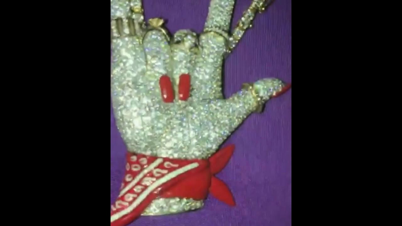 Cardi b illuminati necklace gift from boyfriend offset of migos cardi b illuminati necklace gift from boyfriend offset of migos diamond devil hand symbol lhhny buycottarizona Gallery