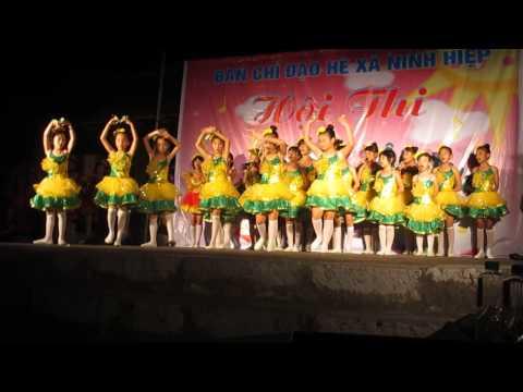 Múa hát tập thể 2013