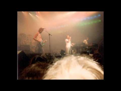 Genesis - 1982/09/18 - Live in St. Austell, England