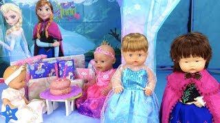 Muñecas Bebes Nenuco Ana y Ona Cumpleaños FROZEN Castillo Patines sobre hielo Disfraces Diversión thumbnail