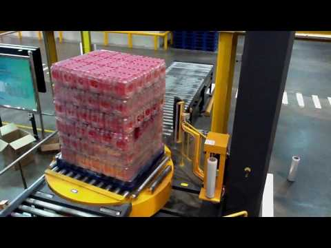 Bottle pallet stretch wrapping machine and pallet wrapper