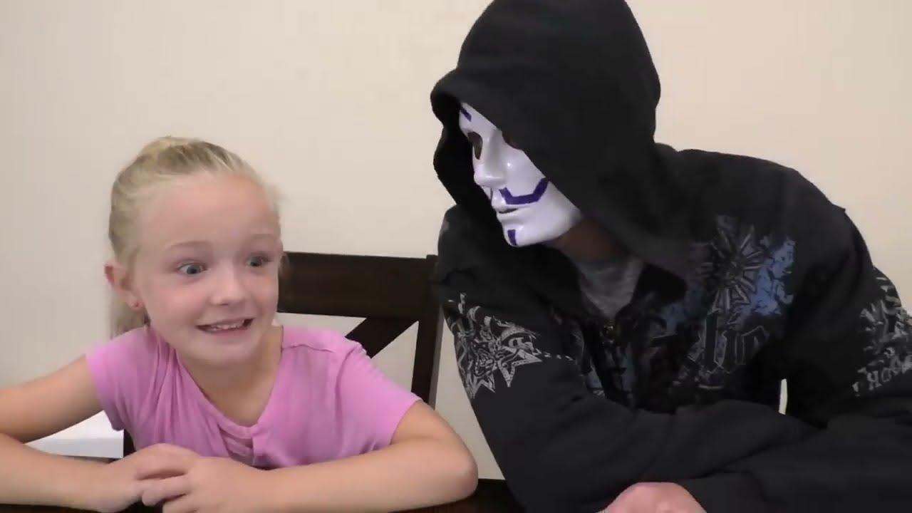 3 Marker Halloween Mask Challenge Fun Diy Game Master Mask