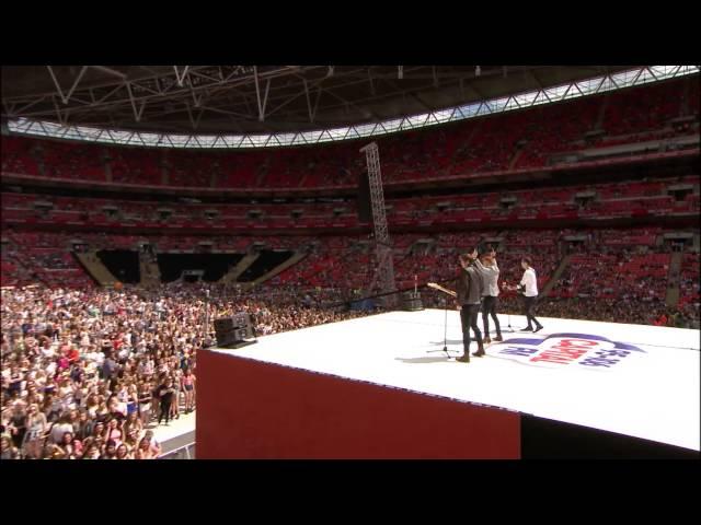 Maroon 5 - Sugar (Cahoots LIVE at Wembley Stadium) #TakeTheStage