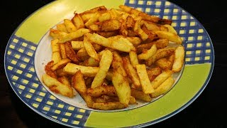 Crispy homemade french fries in olive oil!