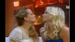 Así Somos: el beso entre Javiera Acevedo y Javiera Suarez