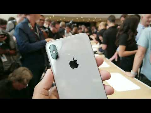 Download Youtube: Apple iPhone X First Look