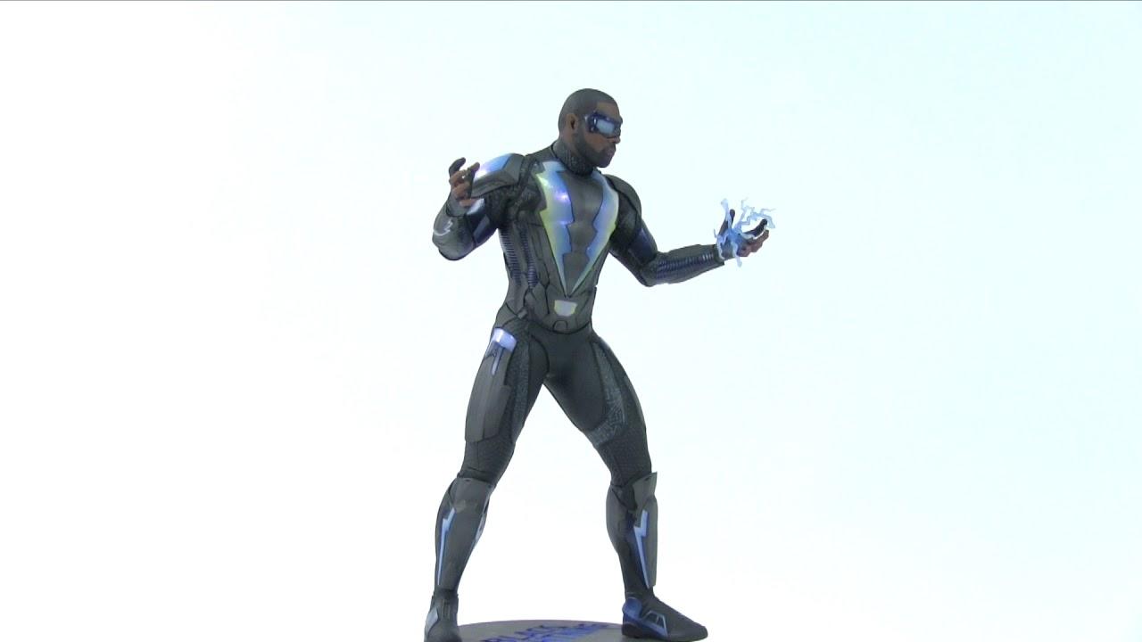 DC Collectibles Black Lightening Statue