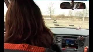 Уроки Вождения Инструктор Женщина Объезд препятствия