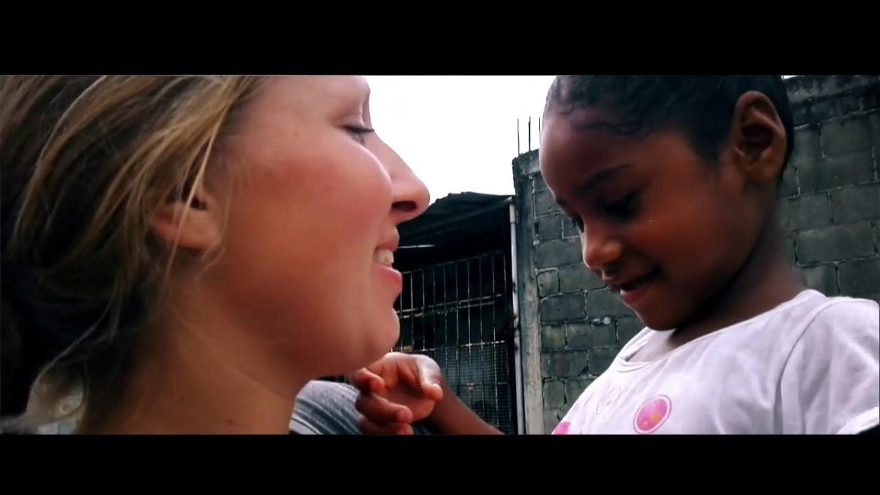 Giovanna sai de missão no Equador!