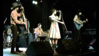 The Hunters - If I were a Carpenter - Live at the CMM 2011