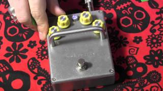 Mantic Effects DESTINY HULK boutique Meatbox Clone guitar pedal demo