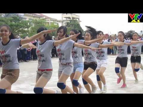 Bài thể dục nữ khối 12 - 12A1 winner !
