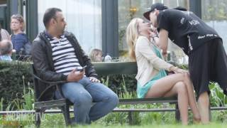 Video (KISSING PRANK) Ciuman Extreme di Amerika download MP3, 3GP, MP4, WEBM, AVI, FLV Desember 2017