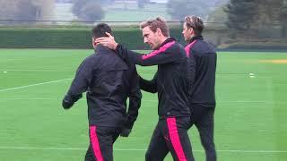 Did Sanchez snub Wenger's handshake during Arsenal training?
