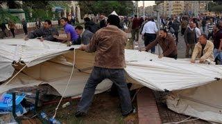 مصر: مواجهات عنيفة في محيط قصر الاتحادية