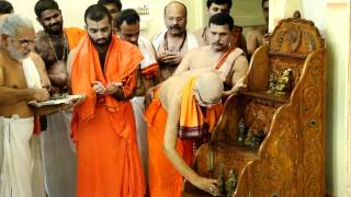H.H.Sudhindra Thirtha Swamiji accepts all deities