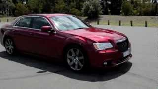 2012 Chrysler 300 SRT8 engine sound and 0-100km/h acceleration
