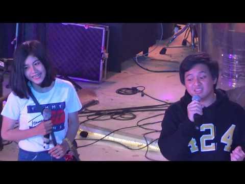 Arsy Widianto Feat Fans - Dengan Caraku (Live Summarecon Mall Bekasi 2018)