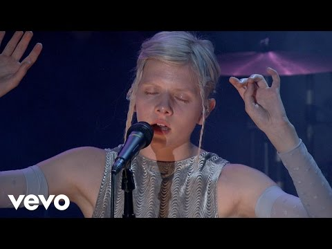 Aurora - Warrior (Live on the Honda Stage)