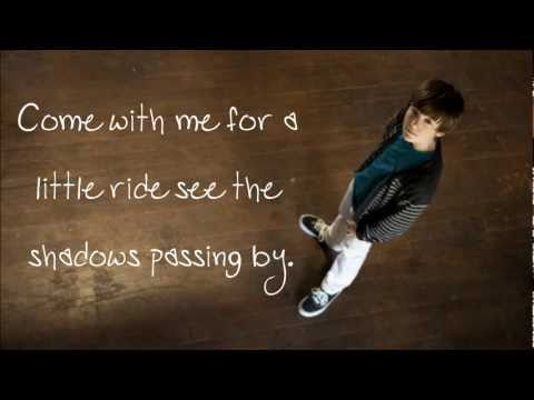 Summer Train - Greyson Chance ♥ LYRICS ON SCREEN.