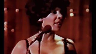 Shirley Bassey - Where Am I Going / Let Me Sing and I