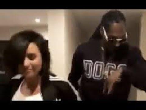 Snoop Dogg  Crip Walks With Demi Lovato At MTV Movie Awards