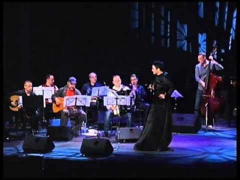 Amira Medunjanin & REKA - Balkan River of Music - UCI ME MAMO, KARAJ ME