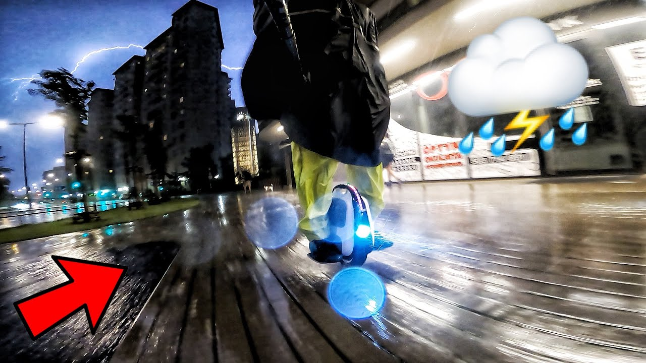 Can You Ride a ELECTRIC UNICYCLE during a THUNDERSTORM? - GotWay mTen3 ride  -