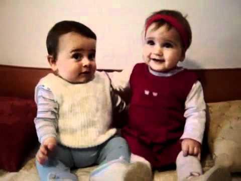 Cười sằng sặc với những baby hài _khó đỡ_ TRUMVIDEO.COM