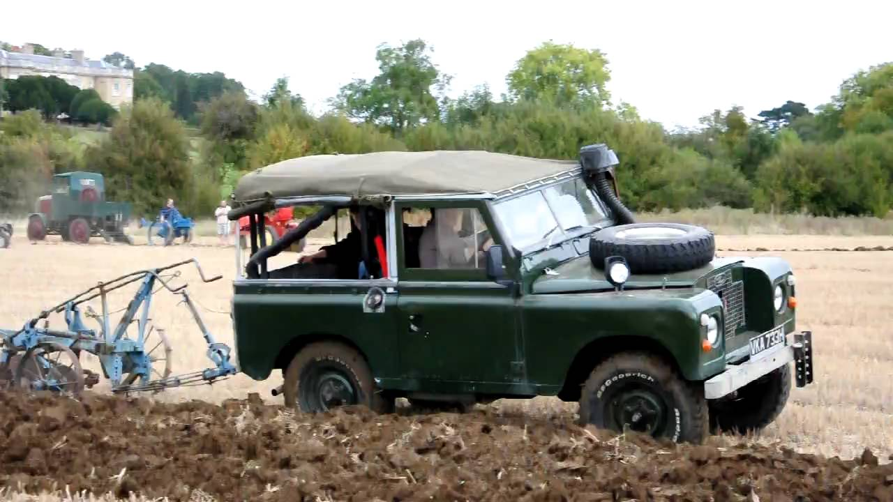 Landrover Ploughing At Haynes Working Weekend Youtube