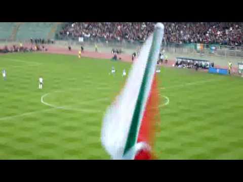 ITALIA - IRLANDA 1 - 1 GOL IAQUINTA TRIBUNA EST STADIO SAN NICOLA DI BARI 01-04-09
