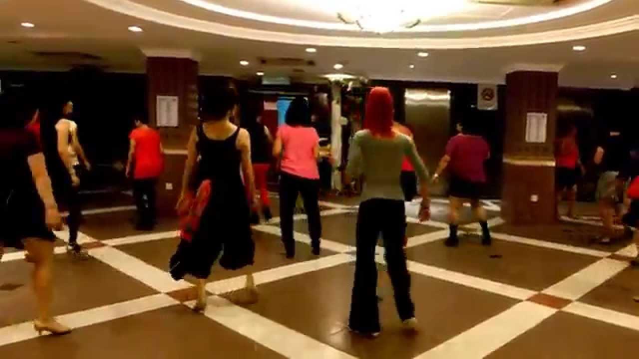 Hit The Floor Line Dance Ria Vos Youtube