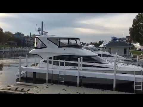new-2016-meridian-441-sedan-bridge-boat-for-sale-near-chicago-by-b-&-e-marine-219-879-8301