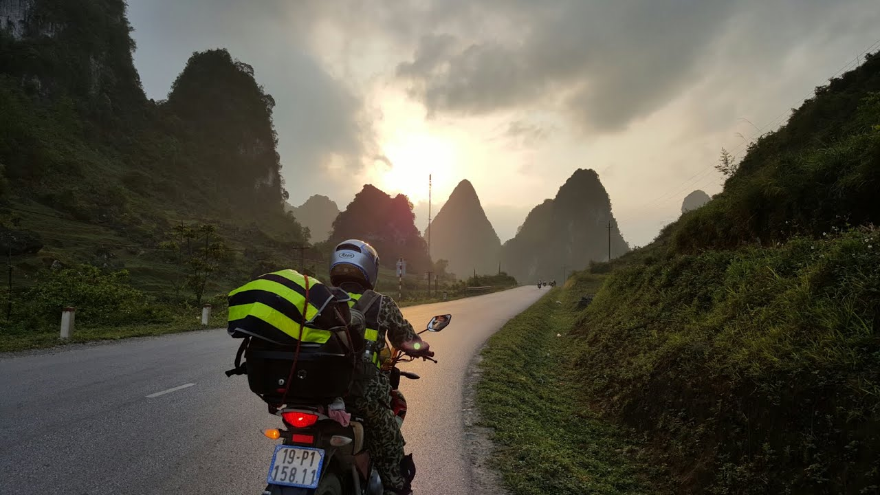 Những Chuyến Đi Dài Version Phượt-Bụi Lang Thang Team