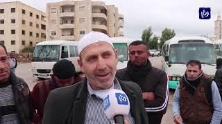 تردي البنية التحتية في مجمع عمان يشكل معاناة للمواطنين وأصحاب المركبات