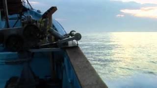 被災した漁師 佐々木さんが震災後初めて田野畑村島越漁港から出漁