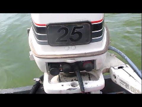 explaining my 25 HP Johnson outboard 1985  YouTube